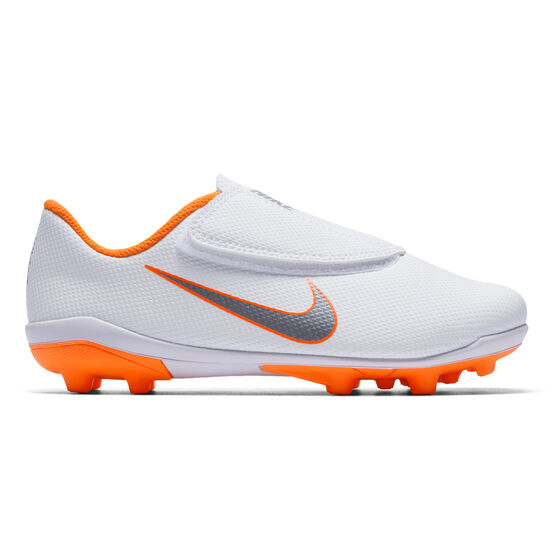 release date: so cheap huge inventory Nike Mercurial Vapor 12 Club MG Junior Football Boots