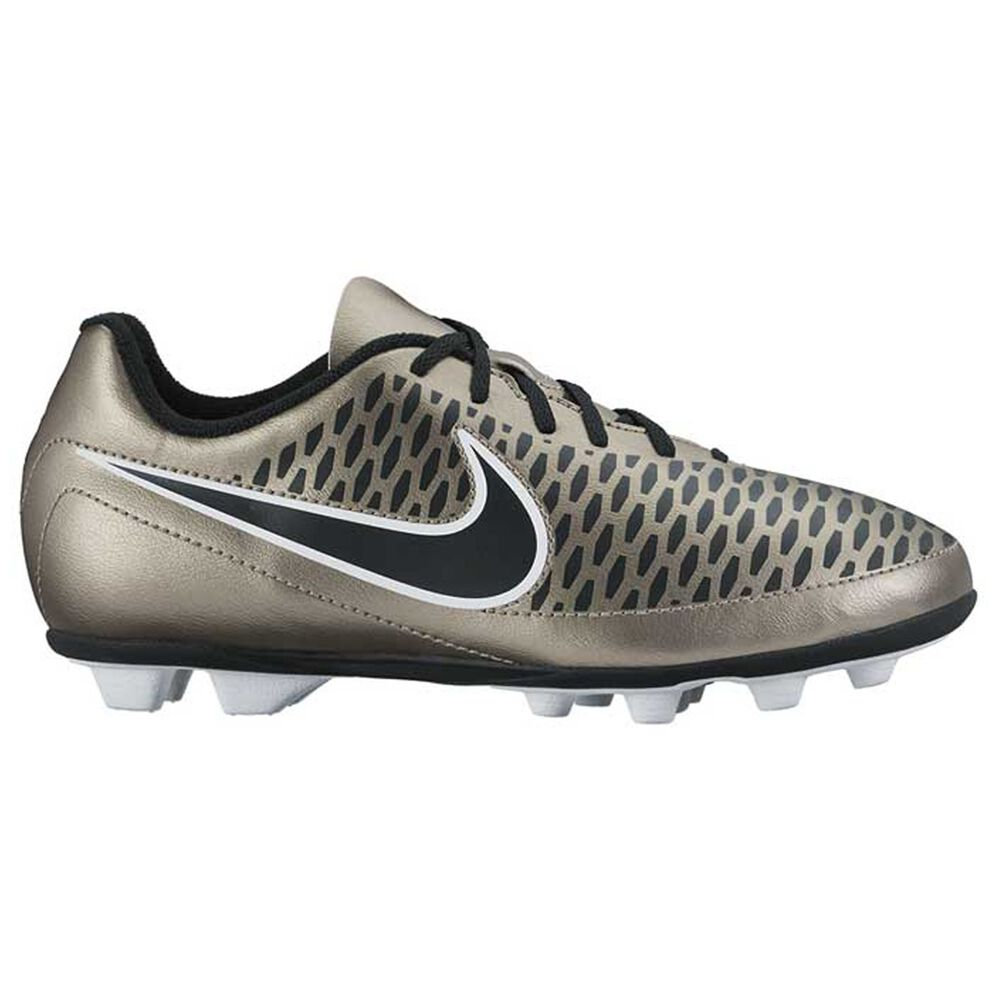 b7a65b04efb7 Nike Magista Ola Junior Football Boots Grey US 1 Junior