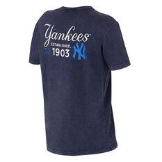New York Yankees Mens Snow Wash Tee Grey S, Grey, rebel_hi-res