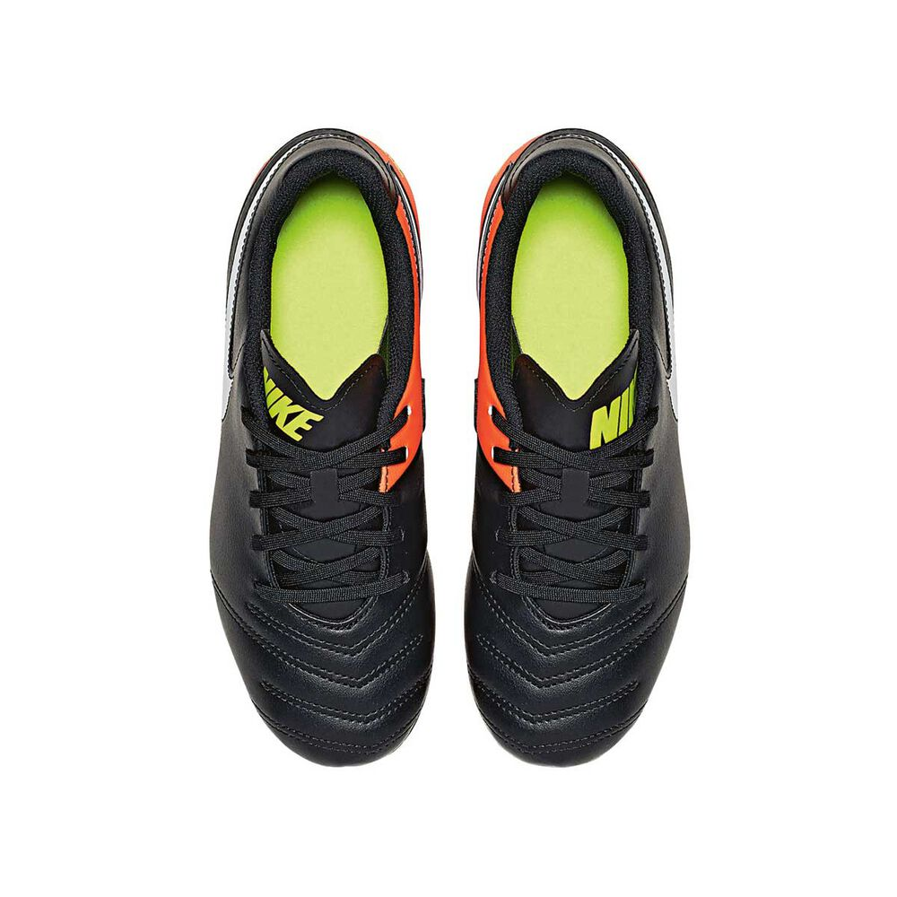 18028b4a5 Nike Tiempo Rio III Junior Football Boots Black   White US 1 Junior ...