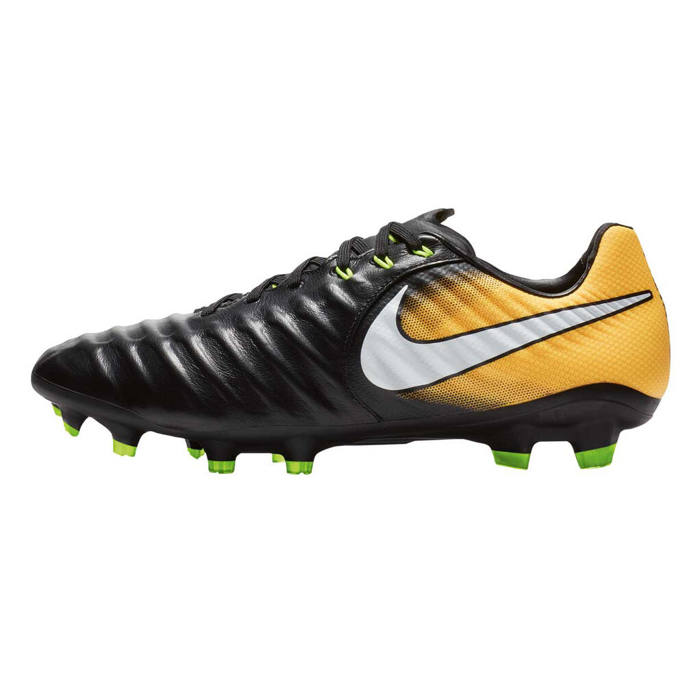 Nike Tiempo Ligera IV Mens Football Boots Black   White US 9 Adult ... 87ddd8a4a36d
