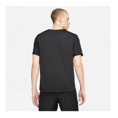 Nike Mens Dri-FIT Run Division Tee Black S, Black, rebel_hi-res