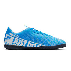 Nike Mercurial Vapor XIII Club Kids Indoor Soccer Shoes Blue / White US 1, Blue / White, rebel_hi-res