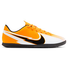 Nike Mercurial Vapor XIII Club Kids Indoor Soccer Shoes Orange/Black US 1, Orange/Black, rebel_hi-res