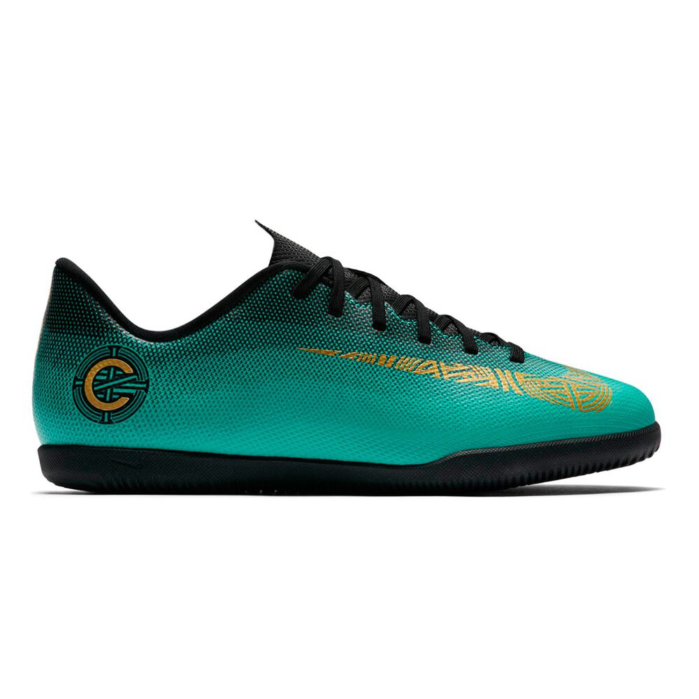 wholesale dealer 4cb27 7919b Nike Vaporx 12 Club CR7 Kids Indoor Soccer Shoes Green   Gold US 4, Green