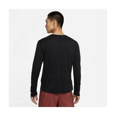 Nike Mens Dri-FIT Miler Long Sleeve Training Tee, Black, rebel_hi-res