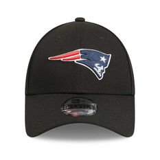f9d77bc66e24a ... New England Patriots 9FORTY Outbreak Pack Cap