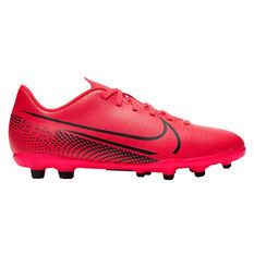 Nike Mercurial Vapor XIII Club Kids Football Boots Black / Red US 1, Black / Red, rebel_hi-res