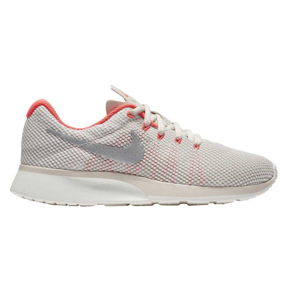 newest e16fb cb011 Nike Tanjun Racer Womens Casual Shoes Brown US 6, Brown, rebelhi-res
