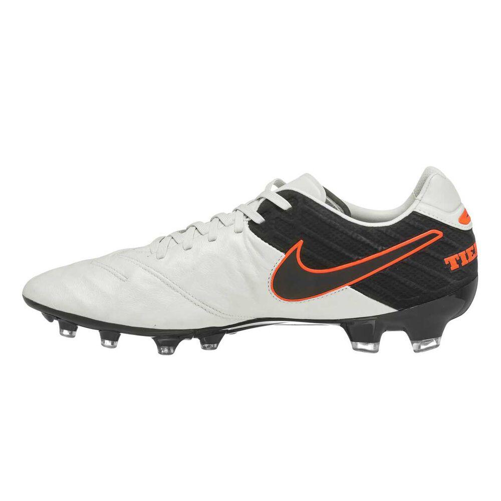 Nike Tiempo Legend VI Mens Football Boots White US 7 Adult  ece4d0f84768