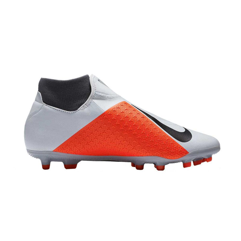 6b5b388be Nike Phantom Vision Academy Dynamic Fit Mens Football Boots, Grey / White,  rebel_hi-