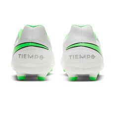 Nike Tiempo Legend VIII Club Kids Football Boots, White, rebel_hi-res