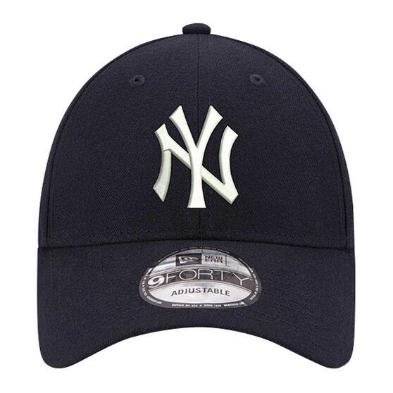 New York Yankees New Era 9FORTY Core Cap Navy, , rebel_hi-res