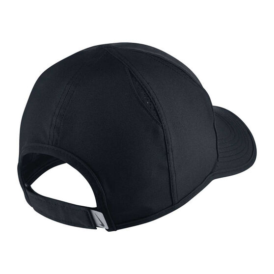 653aa50d534 Nike Featherlight Cap Black   White