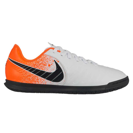 low priced 54840 352e0 Nike Tiempo Legend VII Club Kids Indoor Soccer Shoes