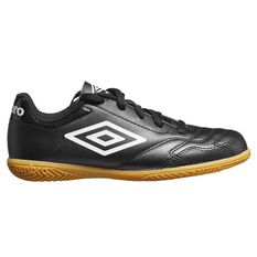Umbro Classico VI IC Kids Football Boots Black / White US 11, Black / White, rebel_hi-res