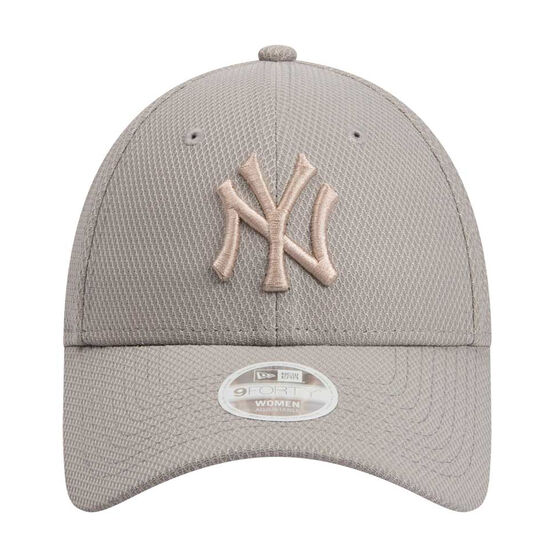 New York Yankees 2019 Womens New Era 9FORTY Neutral Tones Cap, , rebel_hi-res