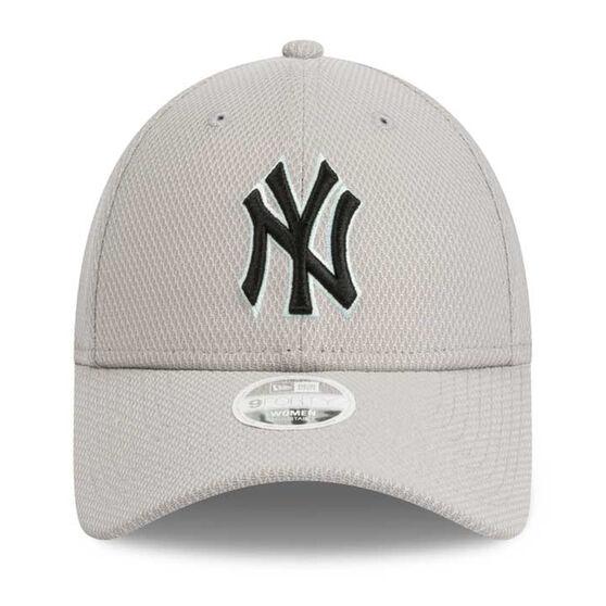 New York Yankees Womens 9FORTY Diamond Cap, , rebel_hi-res