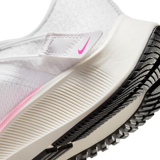 Nike Air Zoom Pegasus 38 FlyEase Mens Running Shoes, White/Black, rebel_hi-res