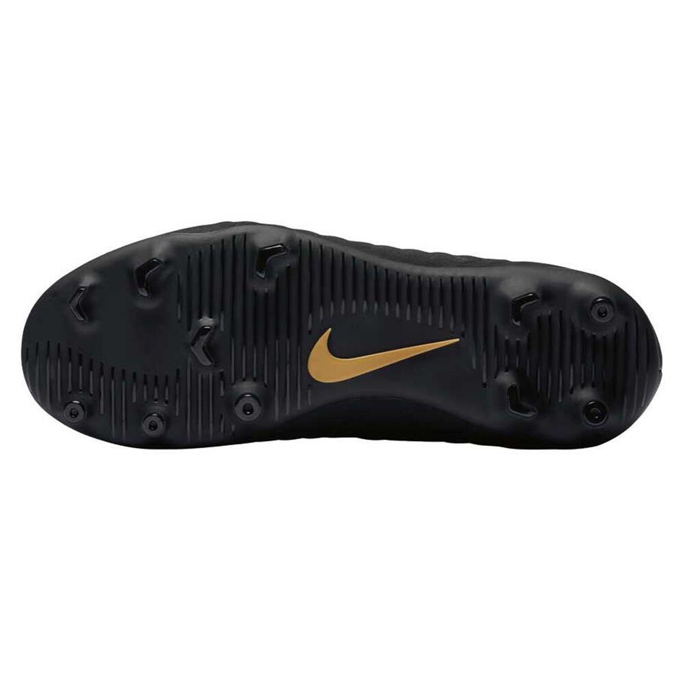 bbc22d81ffa Nike Hypervenom Phantom III Club Kids Football Boots Black   Gold US ...