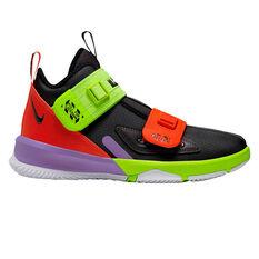 Nike LeBron Soldier XIII Kids Basketball Shoes Black / White US 4, Black / White, rebel_hi-res