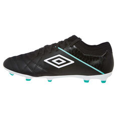 Umbro Medusae III Club Mens Football Boots Black / White US Mens 7 / Womens 8.5, Black / White, rebel_hi-res