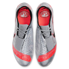 Nike Phantom Venom Elite Football Boots Silver/Red US Mens 9 / Womens 10.5, Silver/Red, rebel_hi-res