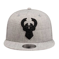 Milwaukee Bucks New Era 9FIFTY Heather Blackout Cap, , rebel_hi-res