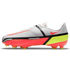 Nike Phantom GT2 Academy Kids Football Boots White/Red US 1, White/Red, rebel_hi-res