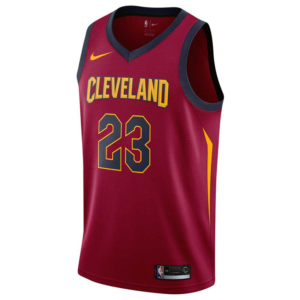 Nike Mens Cleveland Cavaliers LeBron James 2018 Swingman Jersey Team Red S c17df21d3