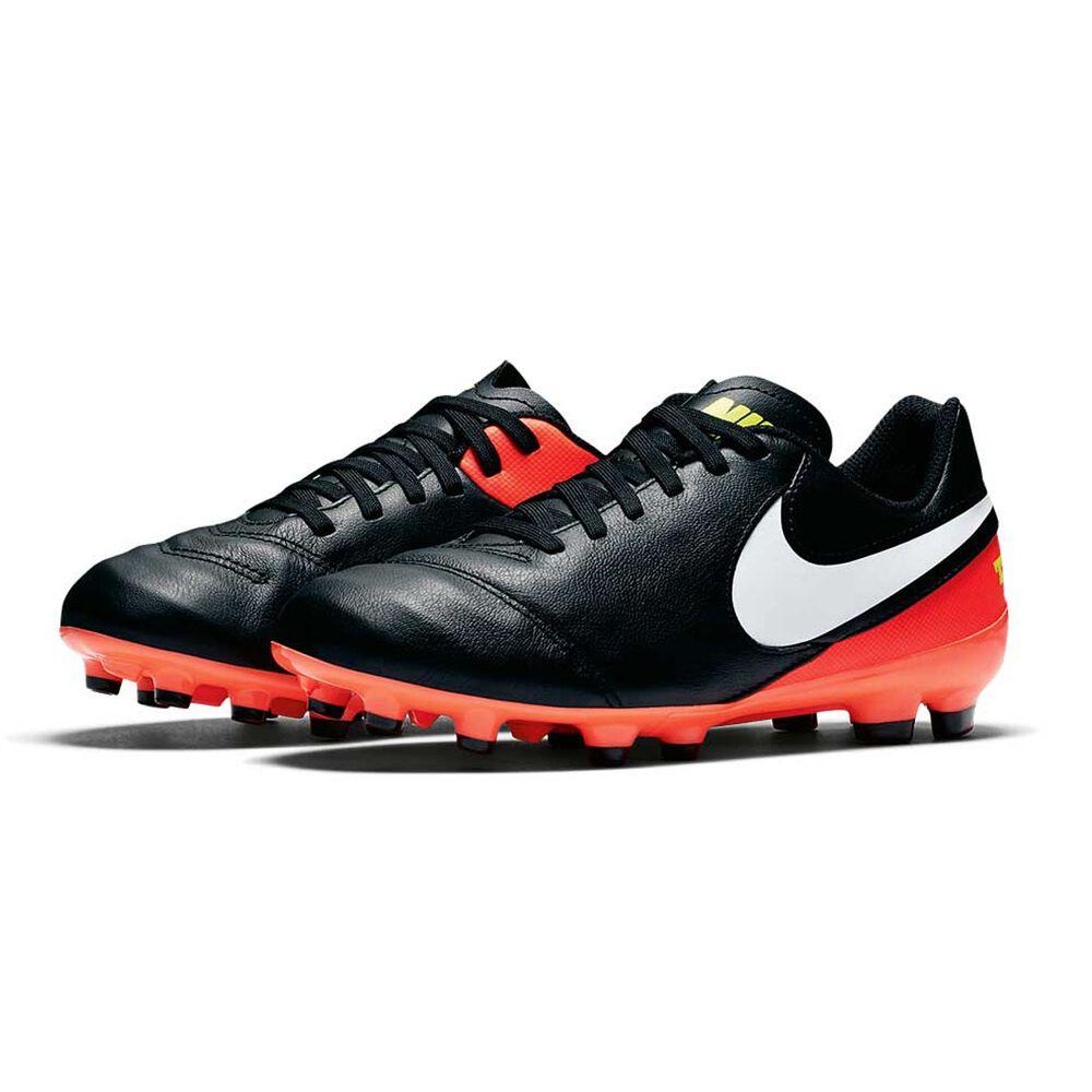 dc28702f5 Nike Tiempo Legend VI Junior Football Boots Black   White US 5 Junior