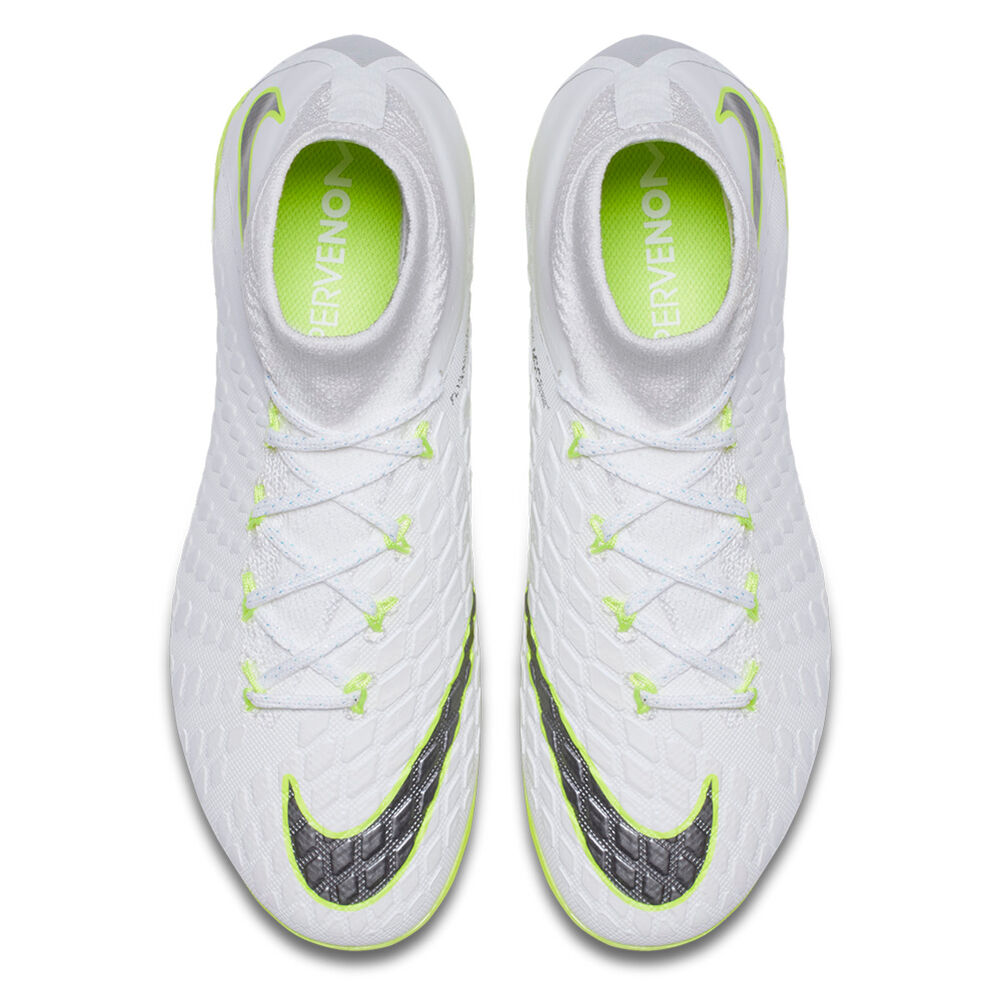 premium selection 5fee6 41552 Nike Hypervenom Phantom III Elite Dynamic Fit Junior ...