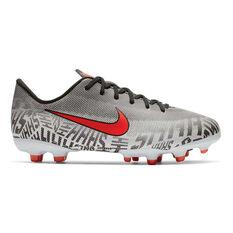 Nike Mercurial Vapor XII Academy Neymar Jr Kids Football Boots White / Black US 1, White / Black, rebel_hi-res
