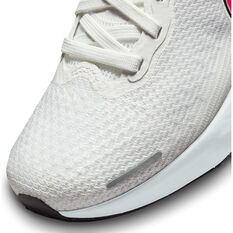 Nike ZoomX Invincible Run Flyknit Womens Running Shoes, White/Black, rebel_hi-res