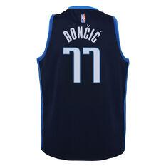 Nike Dallas Mavericks Luka Doncic 2020/21 Kids Earned Jersey Navy S, Navy, rebel_hi-res