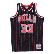 66027f77 Chicago Bulls Pippin 33 Pinstripe Swingman Jersey Black / Red S, Black /  Red, ...