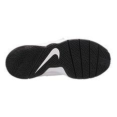 Nike Team Hustle D 8 Boys Basketball Shoes Black / Gold US 4, Black / Gold, rebel_hi-res