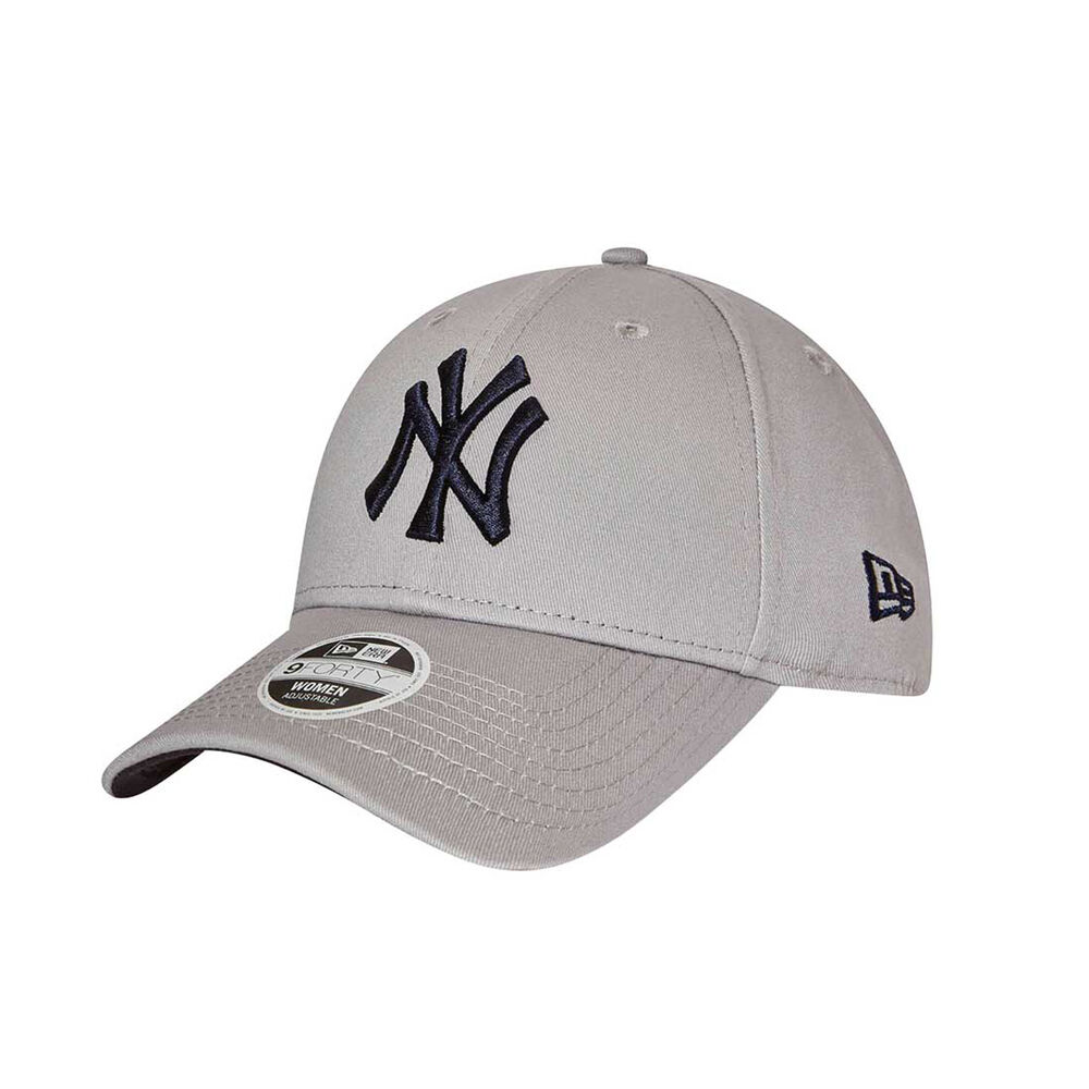 New York Yankees Womens 9FORTY Team Cap  063a020304c