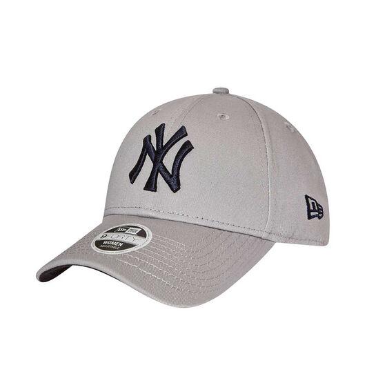 New York Yankees Womens 9FORTY Team Cap  23e13f46f