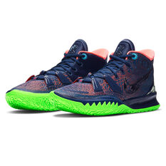 Nike Kyrie 7 Mens Basketball Shoes, White, rebel_hi-res