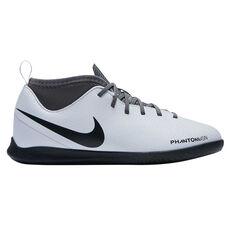 440dc2c7e5b7 Nike Phantom Visionx Club Junior Indoor Soccer Shoes Grey   Black US 10