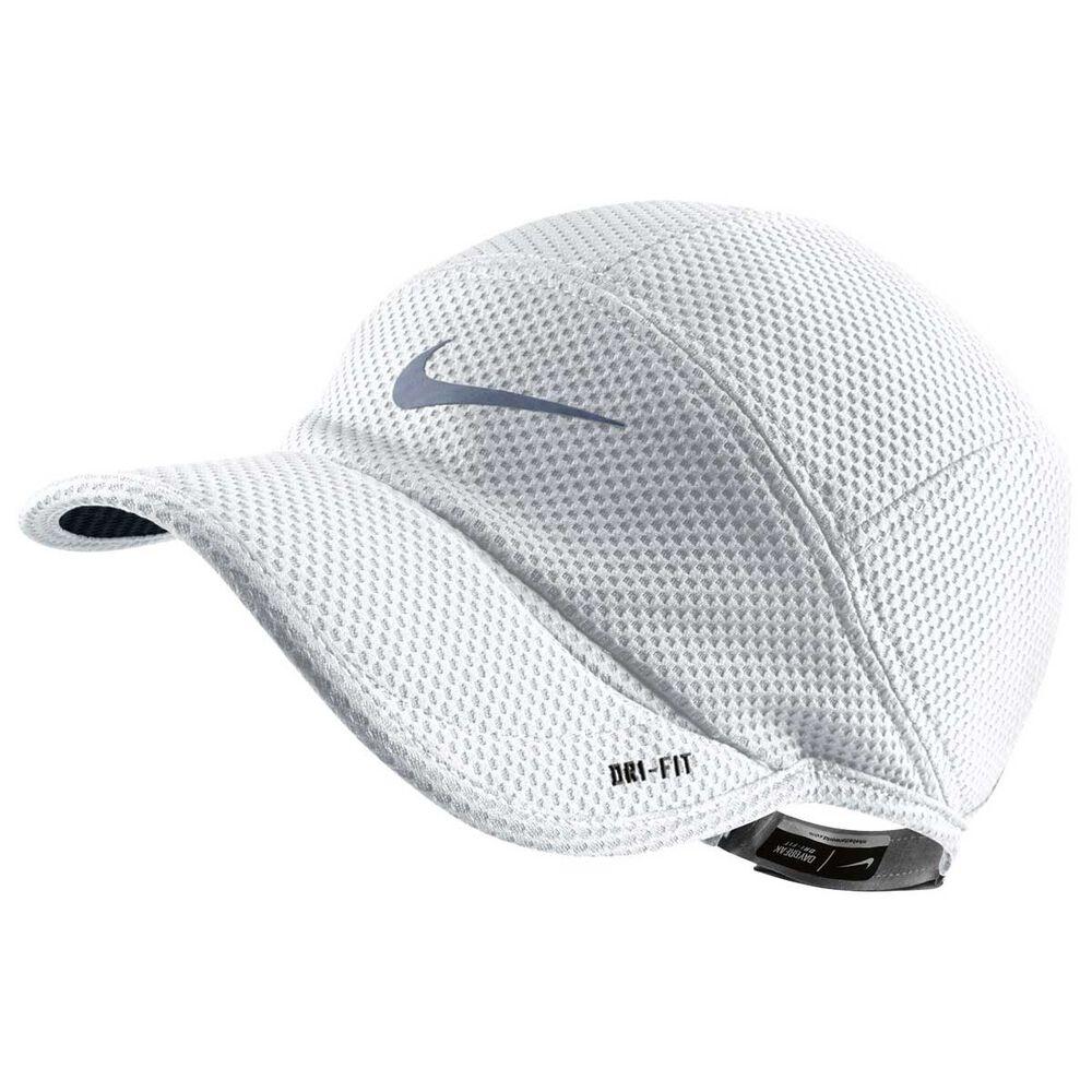 aeeff3ce30e Nike Mens Mesh Daybreak Cap White   Black OSFA Adult