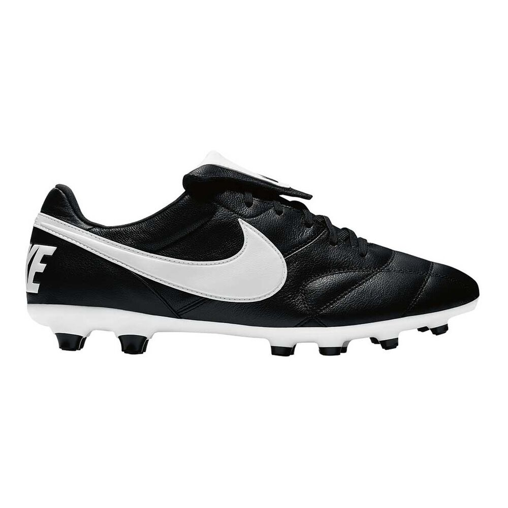 new product ad5df 2db81 Nike Premier II Mens Football Boots Black   White US 7 Adult, Black   White