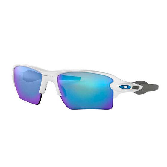 Oakley Flak 2.0 XL Polarised Sunglasses White/Prizm Sapphire, White/Prizm Sapphire, rebel_hi-res