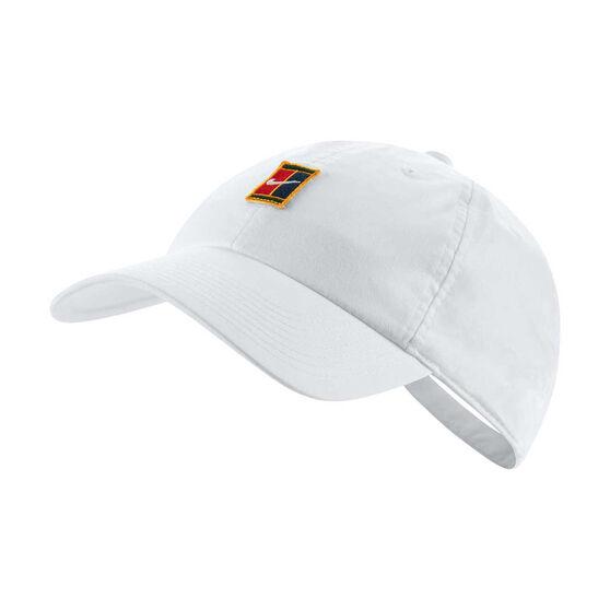 22f8ac0f7e118 NikeCourt Heritage 86 Logo Cap White OSFA