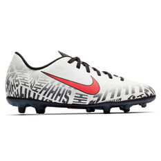 Nike Mercurial Vapor XII Club Neymar Jr Kids Football Boots White / Black US 1, White / Black, rebel_hi-res