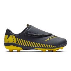 Nike Mercurial Vapor 12 Club Kids Football Boots Grey / Black US 10, Grey / Black, rebel_hi-res