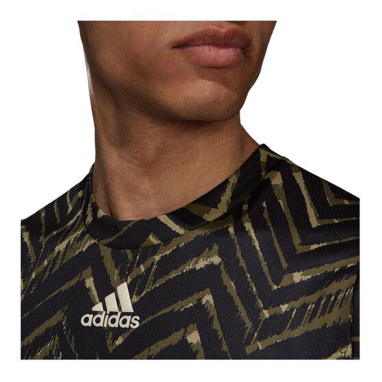 adidas Mens Tennis Primeblue Freelift Printed Tee, Khaki, rebel_hi-res