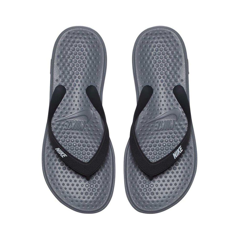 a988509c18632 Nike Solay Boys Thongs Grey   Silver US 4