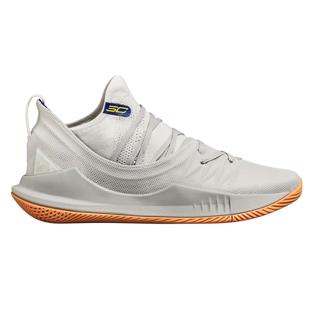 884f11b53942 Under Armour Curry 5 Mens Basketball Shoes